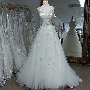 IVORY Mori Lee Wedding Gown NWT